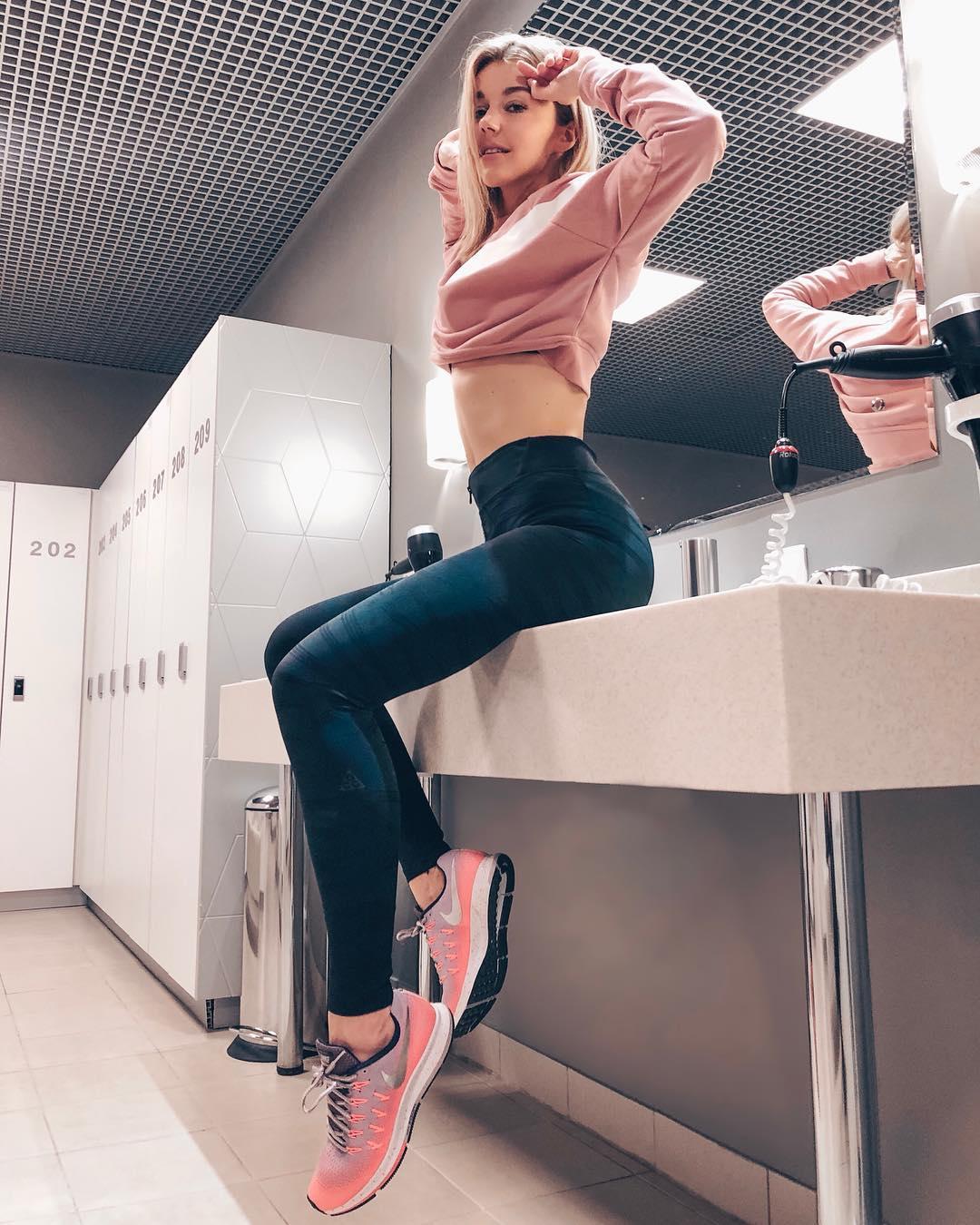 Юлианна Караулова: Сложно быть стройным гедонистом. Сложно. А если ты при этом еще и телец, то вообще