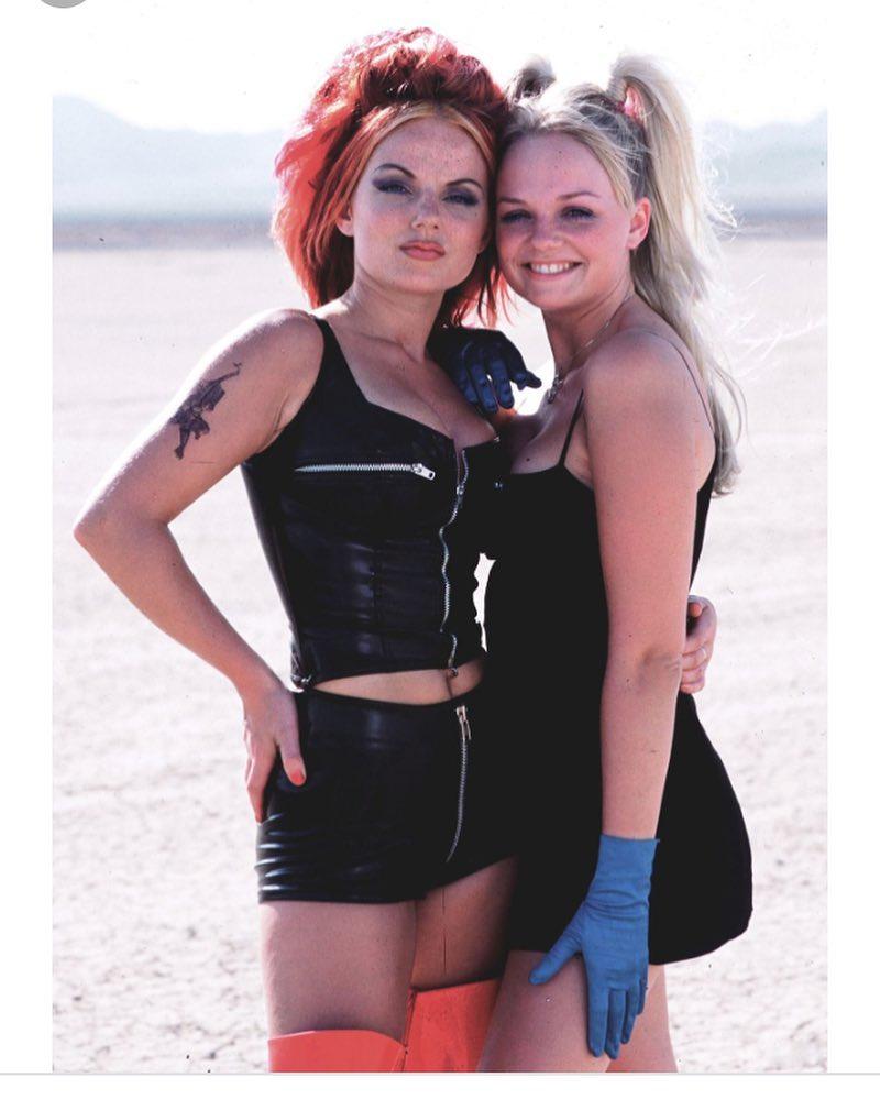 Эмма Бантон: Happy birthday my beautiful friend @therealgerihalliwell love you to bits! #wevemadesomememories #twinnie
