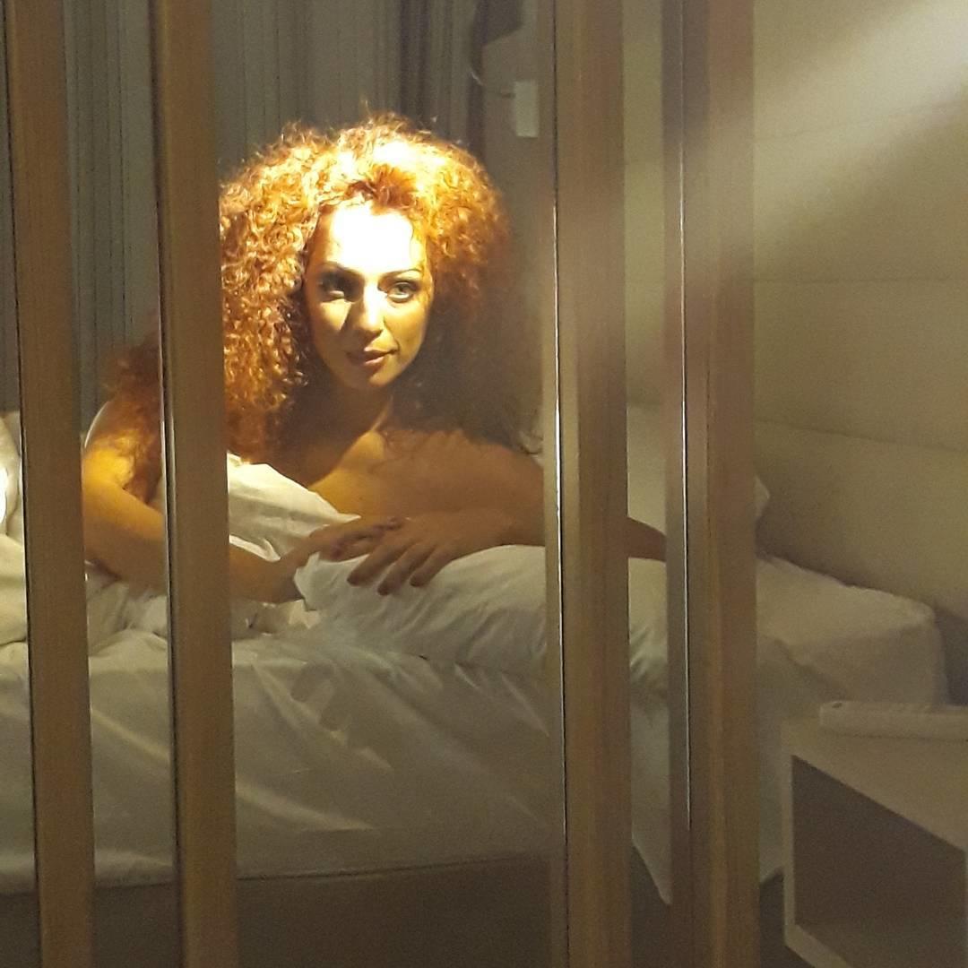 Юлия Коган: В постели с Мадонной)))