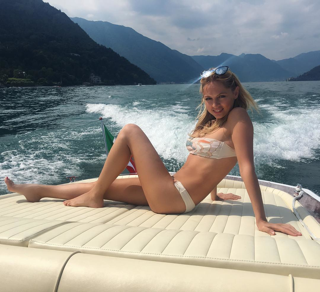 Янина Студилина: Доброе утро     #boatlife #vivaitalia #laperla #goodmorning