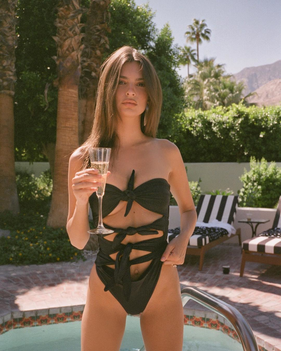 Эмили Ратаковски: Palm Springs by @livincool for @inamorataswim