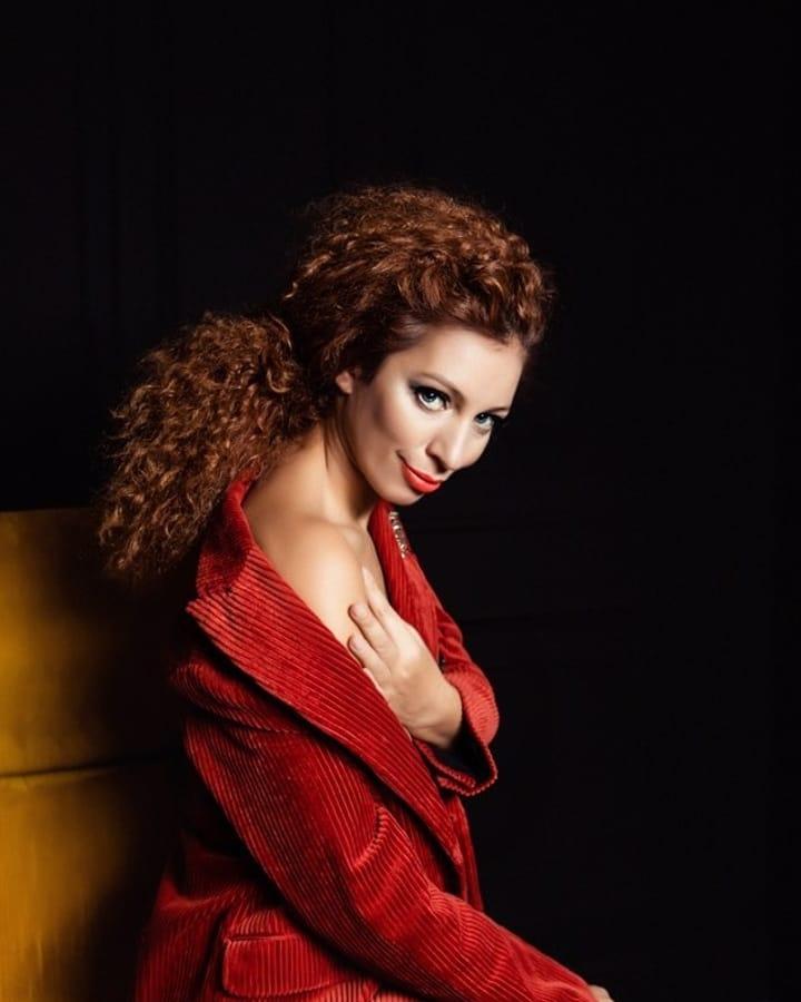 Юлия Коган: Мне кажется фотки с сексуальным подтекстом лайкают больше?)))