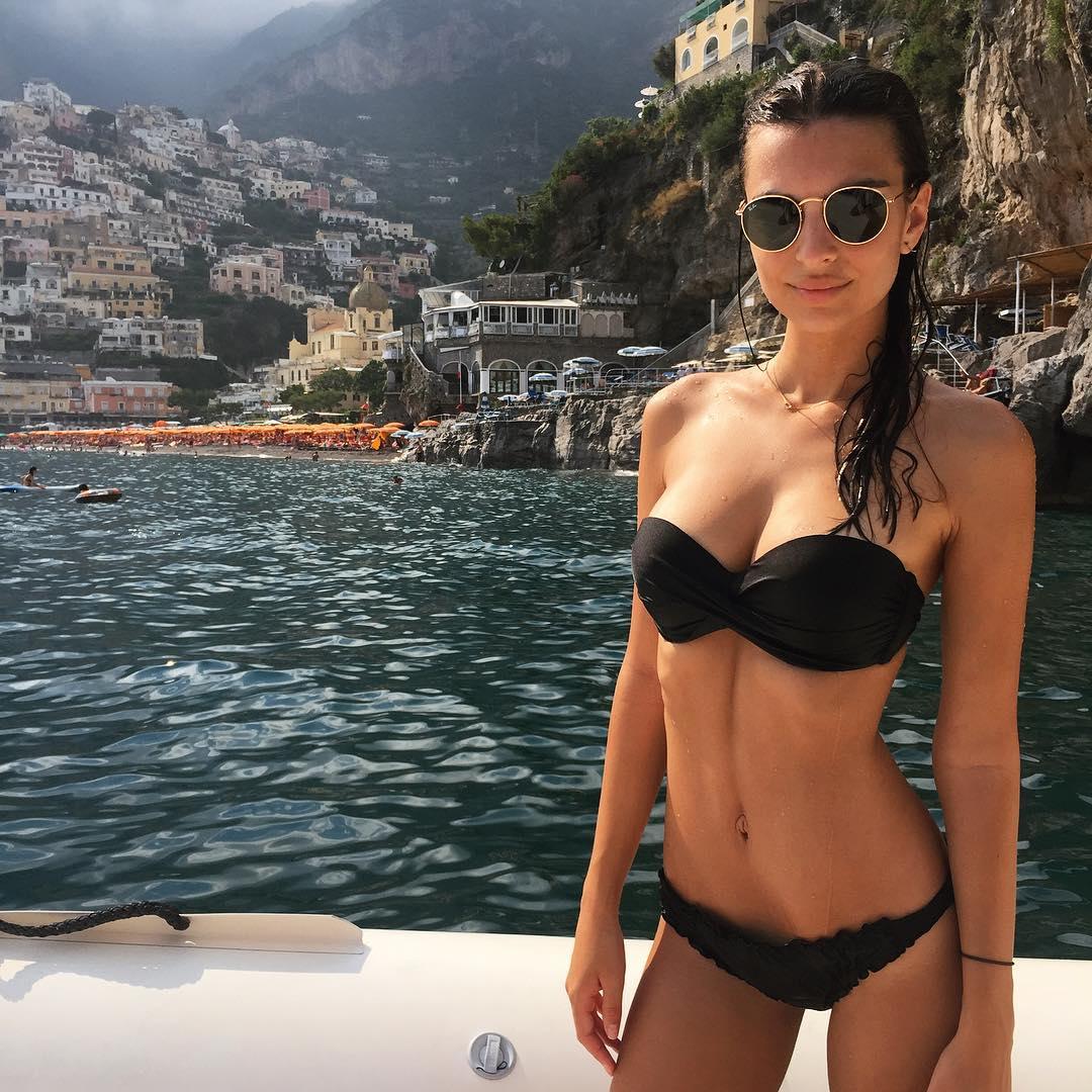 Эмили Ратаковски: I'm on a boat! #ppandemeatpasta2015