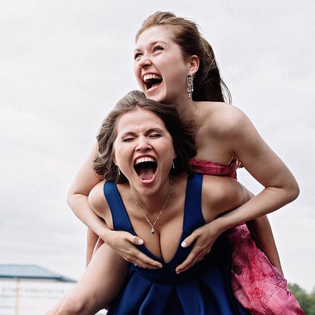 Юлия Топольницкая: Самая веселая свадьба @kukota_mikhail и @ulyaname    это была невероятная свадьба! Будьте счастливы!я вас люблю а мы с @vika_w  отрывались как могли)))ну и конечно невероятно талантливый фотографист @flea_view     #кукосвадьба  #кукасвадьба  #свад...