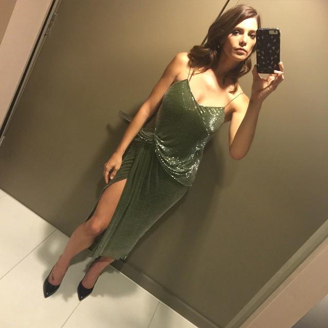 Эшли Грин: Tonights gorgeous @jasonwu dress for the Tony's
