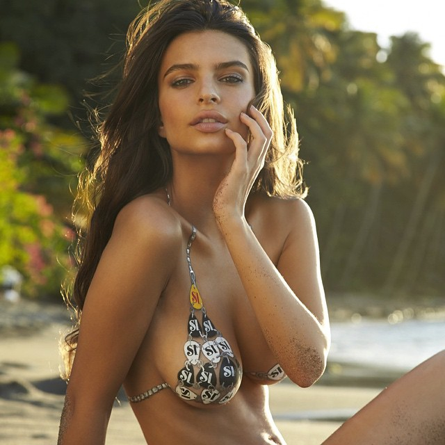Эмили Ратаковски: #tbt @si_swimsuit @mj_day @walteriooss St. Lucia 2014