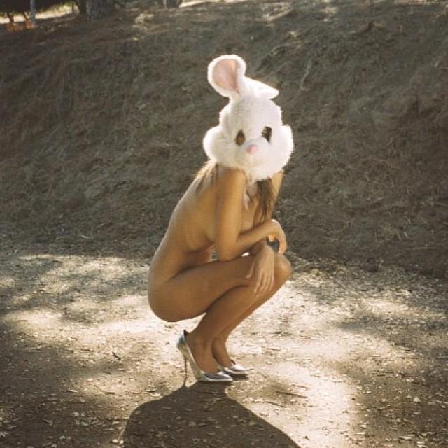 Эмили Ратаковски: Happy Easter