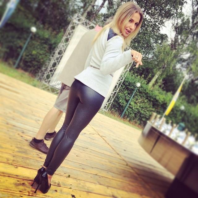 Юлия Ковальчук: подловили...) #воскресеньясозданыдляработы #новоешоу #новыйпроект #juliakovalchuk #юлияковальчук