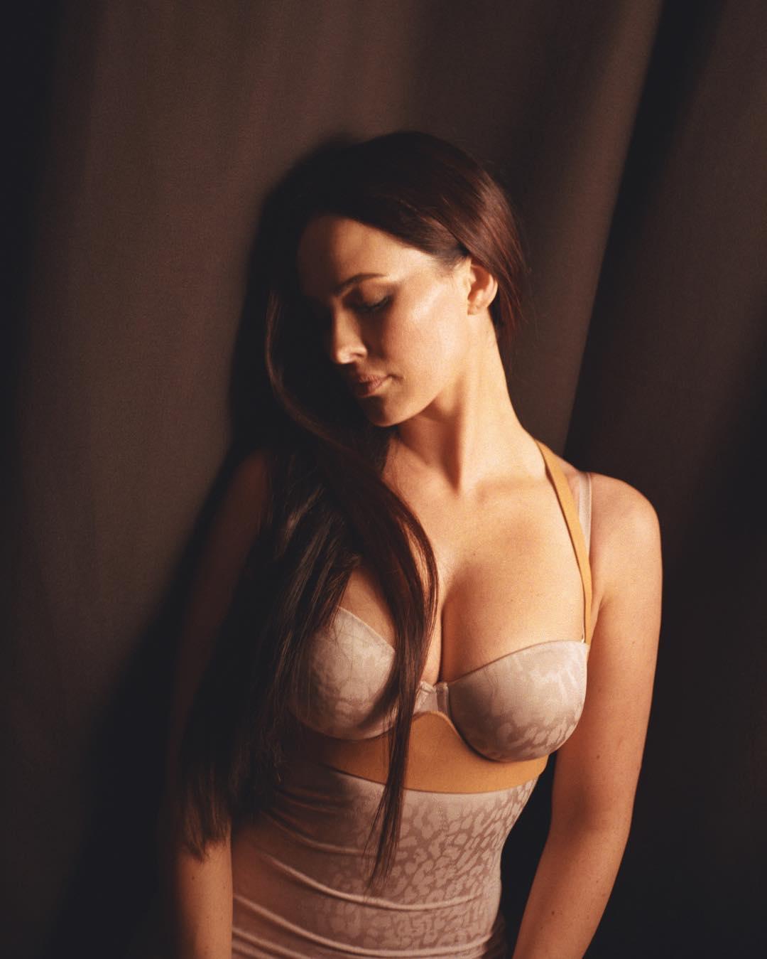 Даша Астафьева: Мой милый гений @nickyashika Спасибо тебе за все твои таланты и любовь  #mua @mogila_tatiana #hair  @daniamartemianov #style @moy_sladkiy_fetish