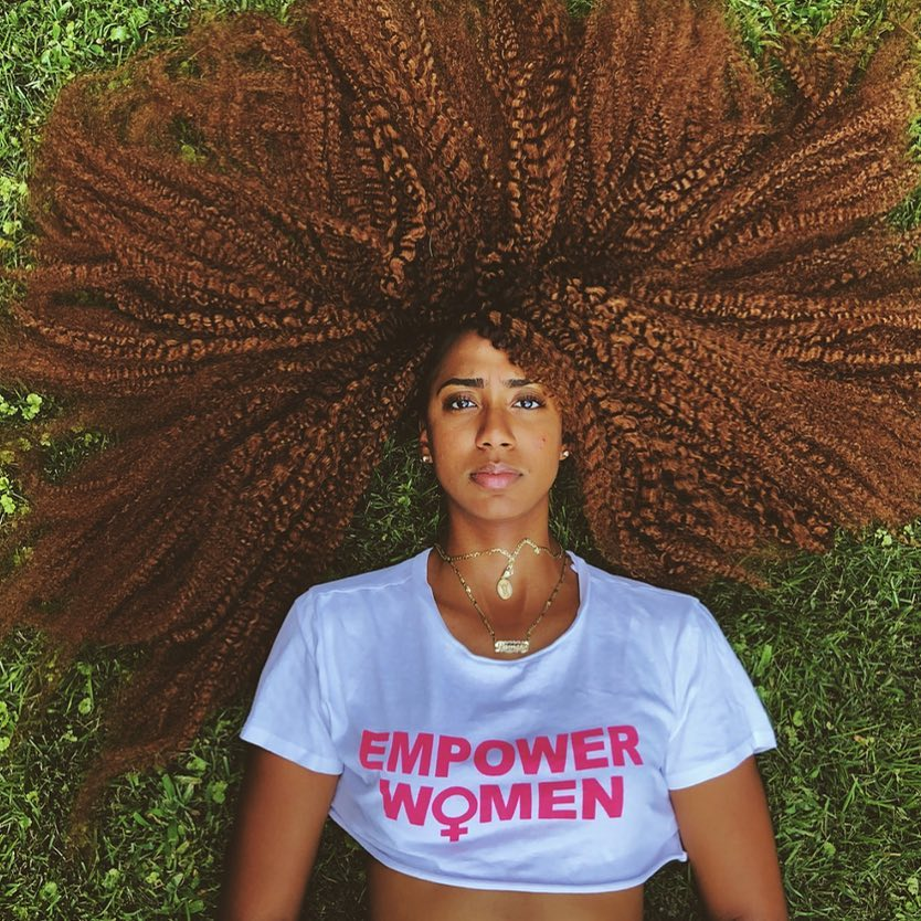Тайра Бэнкс: Empower women! Who will you tag to empower today?