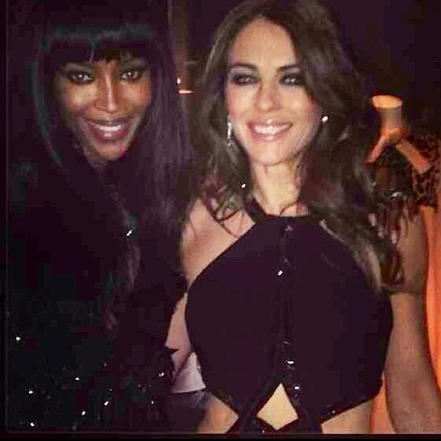 Элизабет Херли: With the gorgeous Naomi Campbell at the V&A, both in @robertocavalli @iamnaomicampbell