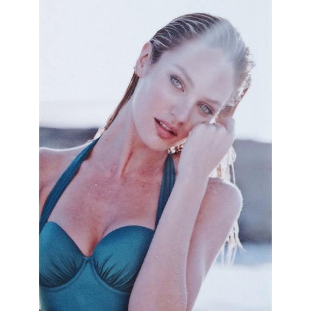 Кэндис Свейнпол: @victoriassecret #swim @adamfranzino