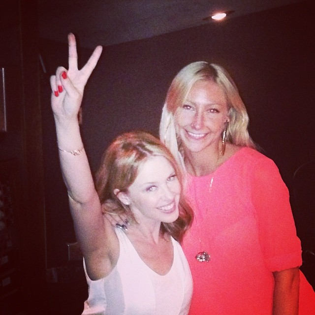 Кайли Миноуг: Here I am last year with Kelly Sheehan (@madamebuttons) who wrote #intotheblue Into the bu-loooooo!!!
