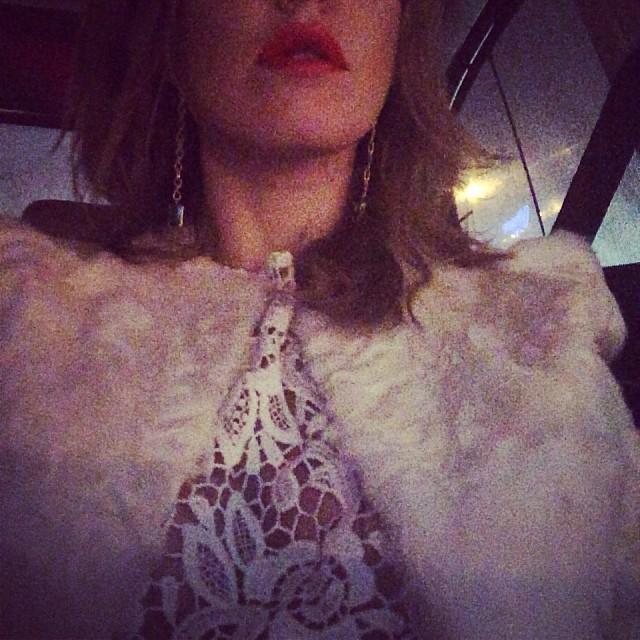 Ксения Собчак: Еду к @yanaraskovalova  и оделась в полном соответствии с дресскодом!!! Спасибо @ngoldenberg :)))