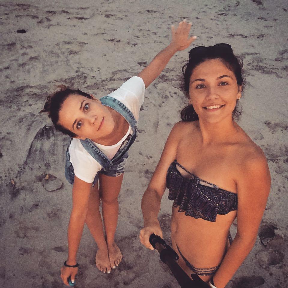Ирина Вальц: Коста-Рика   .Я скучаю по тебе моя  @vchyrkova Pura vida ?.Дружба - это когда и км не помеха! Дружба - это когда на сердце от одной мысли о человеке тепло! Дружба - это когда когда не в счёт! #вальцирина #сестра #дружеское #костарика #пляж #ясобак...