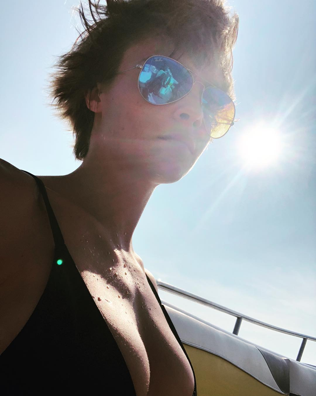 Кара Делевинь: Goodbye summer holidays, it was nice knowing you... (my boobs have grown and I am very proud of them if you couldn't tell)