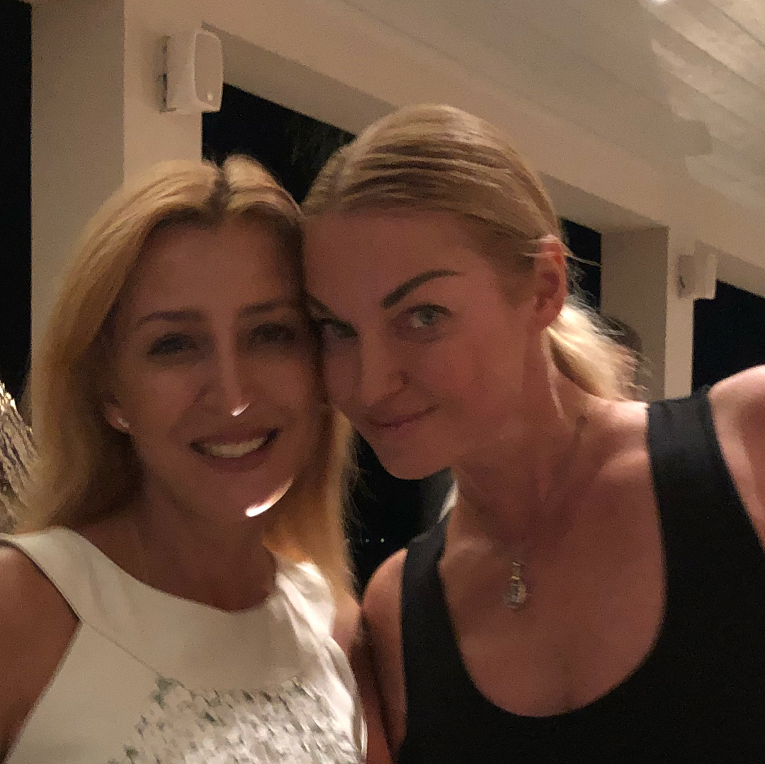 Анастасия Волочкова: Вот бывают же чудеса.. И встречи с настоящими людьми! Далида Варда @domesresortsru это отдельная история.  Волшебница! А Оля @olyaonix  это просто пример того, как надо дружить..   #анастасияволочкова #волочкова #балерина #россия #любовь #счастье ...