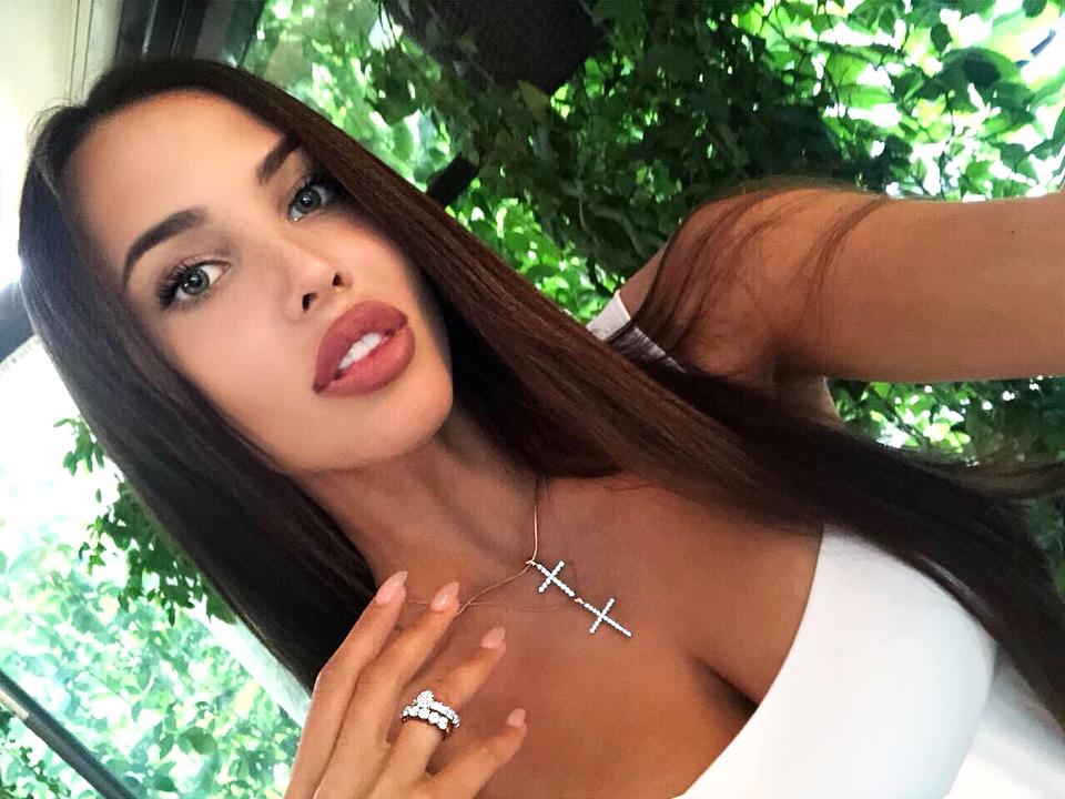Анастасия Решетова: Изготовлено на заказ в @bendes_jewelry   Скажите что от меня и получите скидку 10K до конца июля )