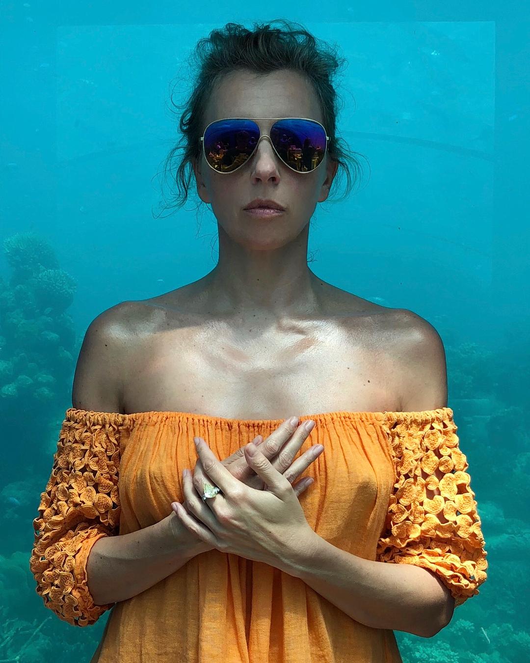 Светлана Бондарчук: мы рыбки в маленьком аквариуме   в Индийском океане     by @tabunotabuno