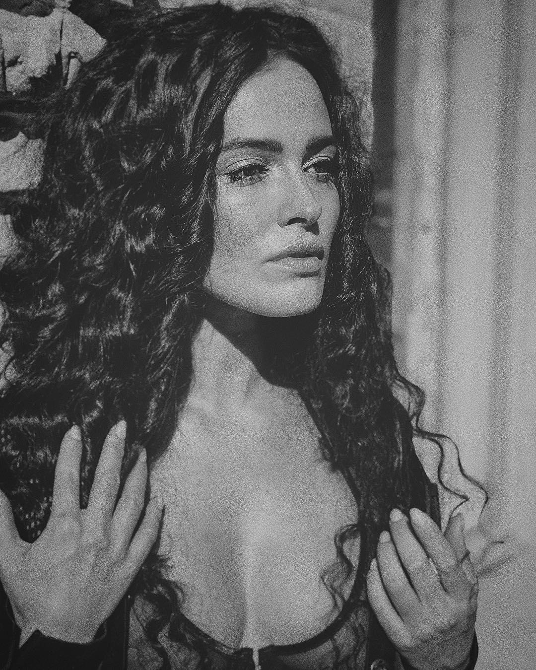 Даша Астафьева: by @nickyashika#photo @nickyashika #light @anton_shatohin #hairstyle @sv_atelier @serg.vorontsov #mua @mogila_tatiana #muaassistant @mariya_akatova #agent @anna_gurban #style by @valery_kovalska
