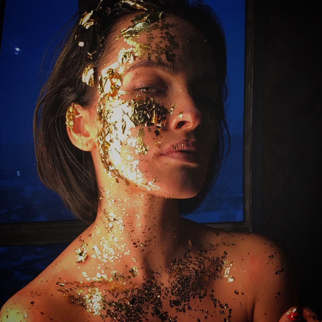 Даша Астафьева: Goldmine  Idea by @piskunovart Photo @petra_rubar Mua @mariya_akatova
