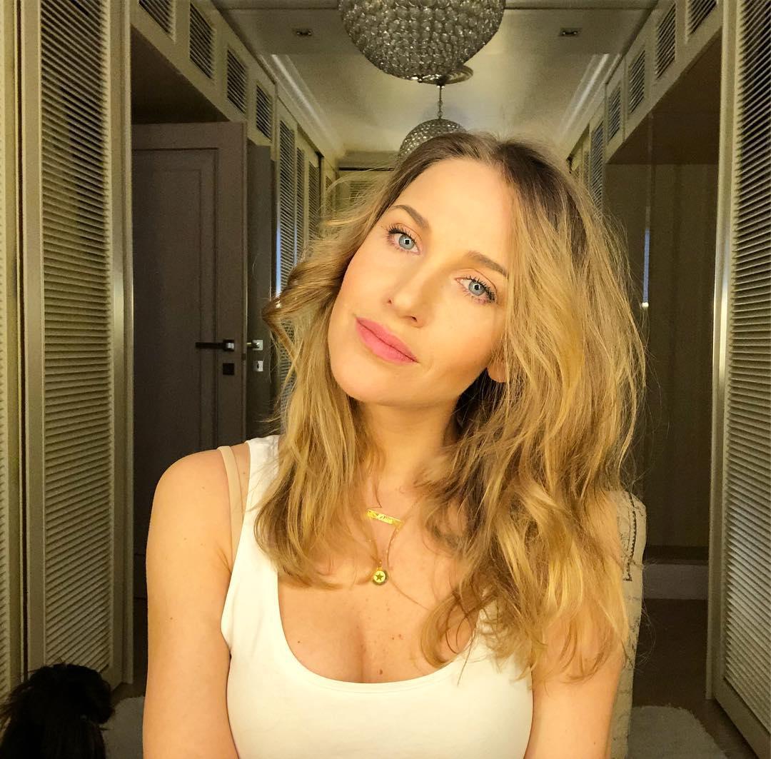Юлия Ковальчук: в голове только тёплые мысли!! #доброеутро #юлияковальчук #juliakovalchuk спасибо @peopletalkru за подвесочку
