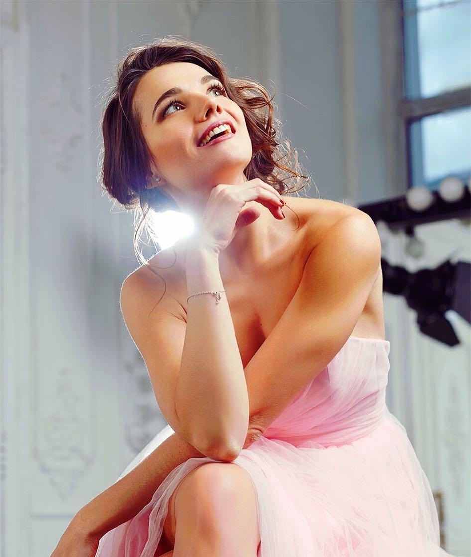 Татьяна Космачева: Новогодние мотивы повсюду    Хочется зажигать! Хочется танцевать!