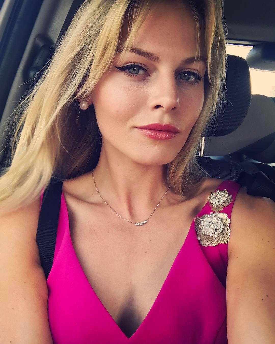 Анастасия Стежко: #короче #короче2017 Наконец я попала на этот Кинофестиваль! И что особенно приятно, он проходит в родном городе среди родных людей  с нетерпением жду миллион встреч вечером