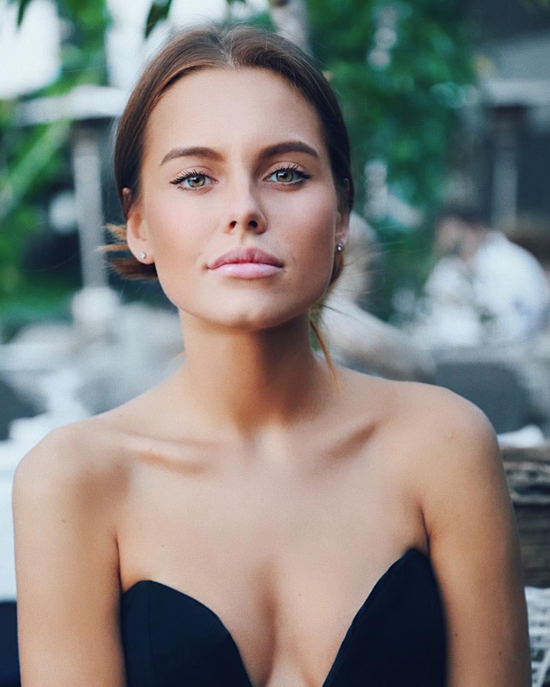 Дарья Клюкина: А у меня сегодня выходной и никуда не нужно! Ураааа! Хорошего настроения вам, друзья!    by @furaeva_tatyana