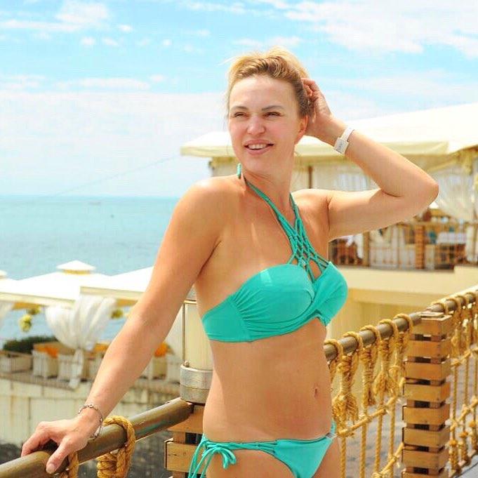 Алла Довлатова: Друзья! Добрый день! Желаю всем хорошего, тёплого и радостного дня! Когда мы выбираем отель для отдыха, нас интересует какой у этого отеля пляж, ведь на пляже мы проводим все дни. Сюда в @porto_mare этим летом собирается приехать Настя Стоцкая и о...