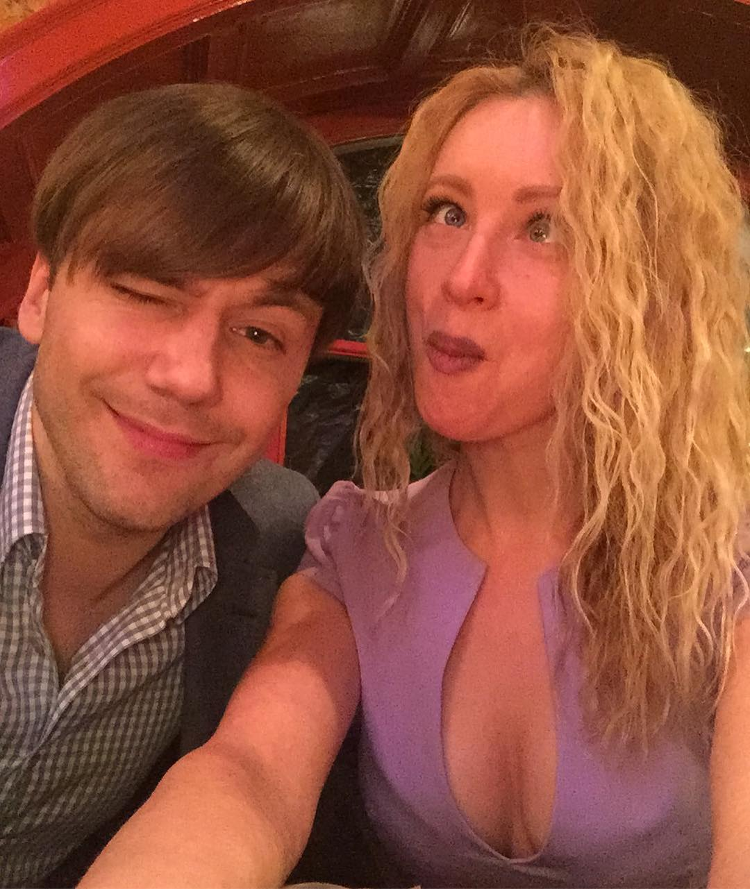 Ирина Темичева: С красивым Иваном @ivancarevich1 работу работаем, или не работаем, короче все как надо   #ночныесмены#выпрекрасны