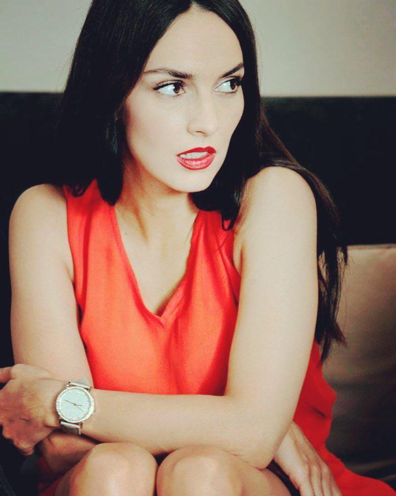 Юлия Зимина: Красный