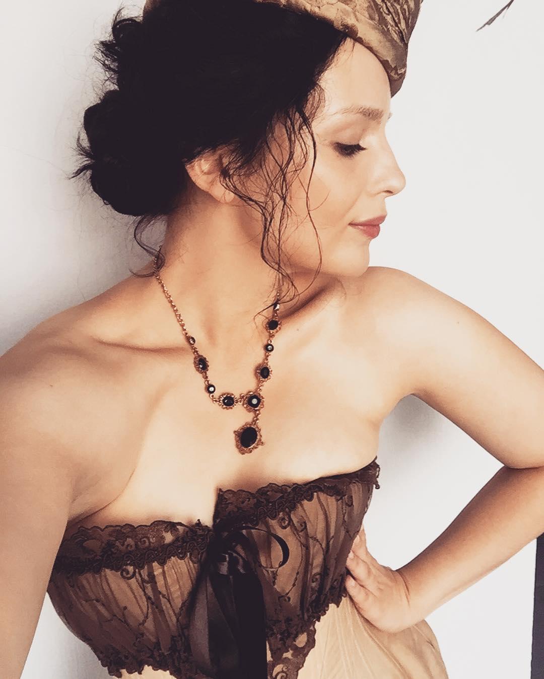 Ксения Лукьянчикова: кино, вино и домино...#ялюблюсвоюработу #извсехискусствдлянасважнейшимявляетсякино