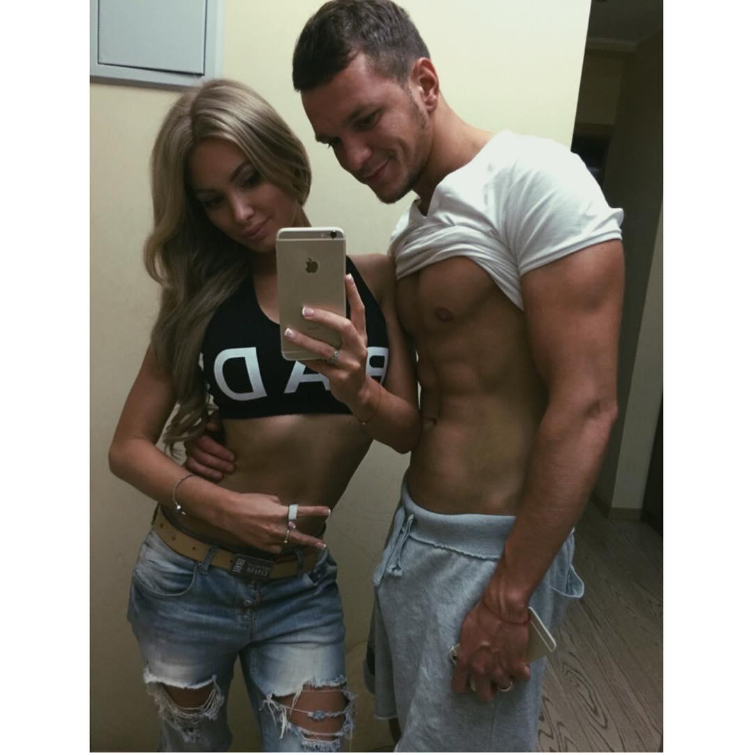 Евгения Феофилактова: Теперь я загораю не одна , а с моим любимым мужем.#GUSEVY#AntonGUSEV#EVGENIYAGUSEVA#bronze#family#моментальныйзагар#вседелаемвместе#даимужделает#beauty